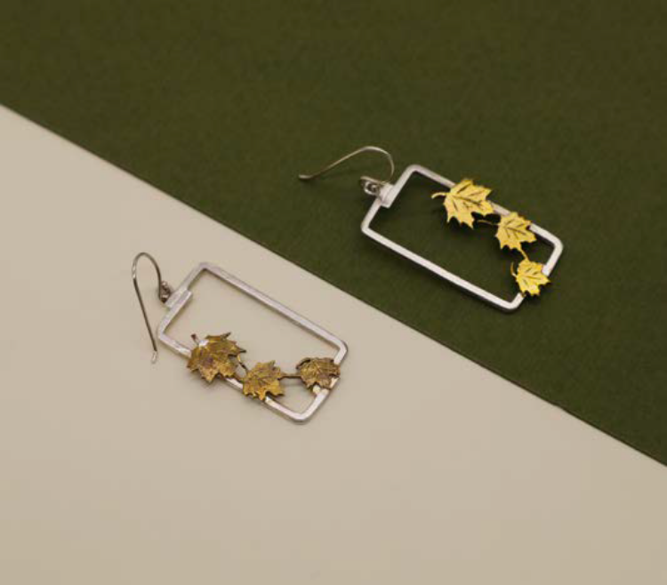 Picture of Wet leaves earrings