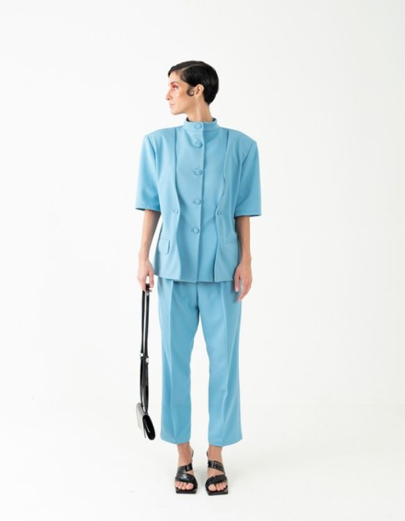 Picture of Short-sleeved blue suit jacket