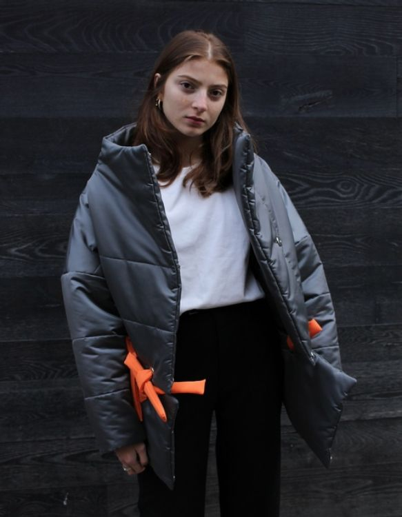 Picture of Gray transformable puffer jacket