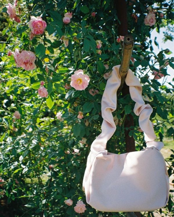 """Picture of """"Amelie"""" natural silk bag"""