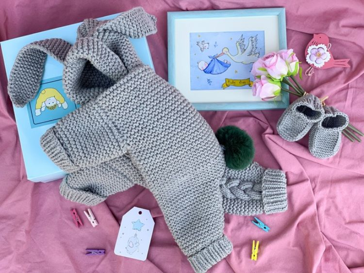 Picture of Knitted bunny jumpsuit