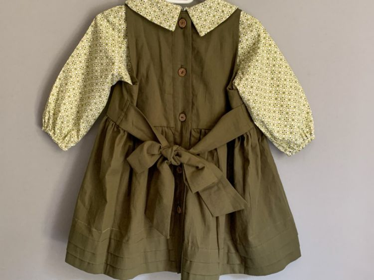 Picture of Linen dress with blouse