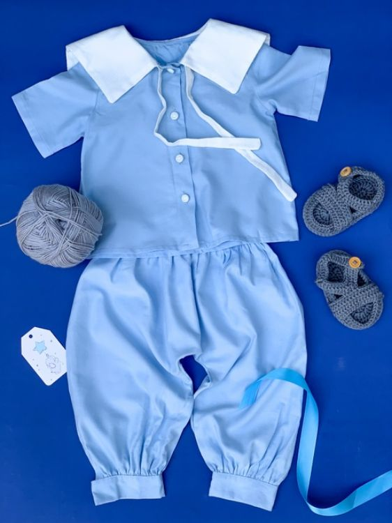 Picture of Linen trousers and blouse