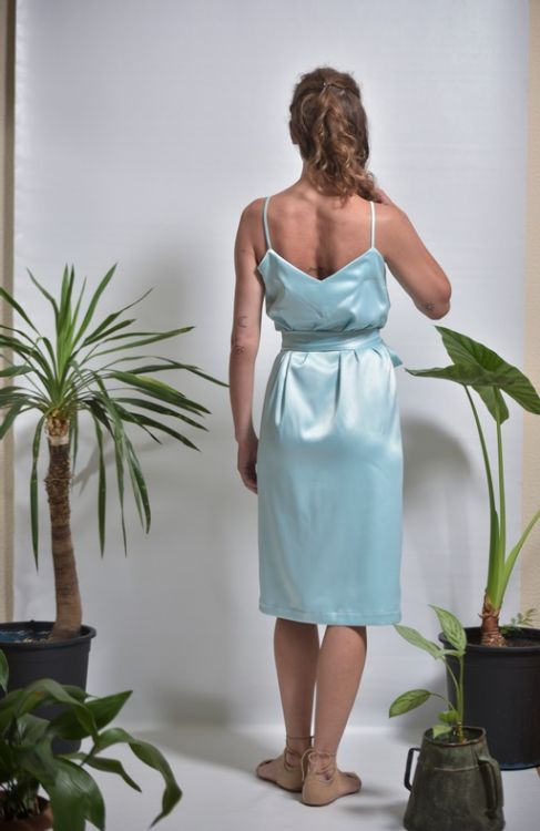 Picture of Wraped ruffled dress