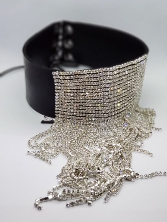 Picture of Choker necklace with crystal drops